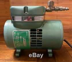 Speedaire Vacum Pump # 4Z792 Air Tool 115 Volt AC 2.5 AMPS 60HZ